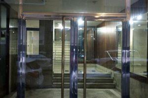 Puerta y portal comunitario en acero inoxidable 12
