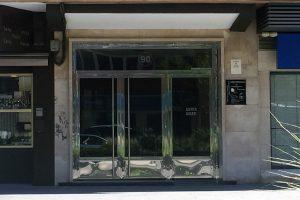 Puerta y portal comunitario en acero inoxidable 24