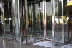 Puerta y portal comunitario en acero inoxidable 3