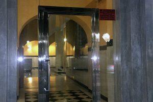 Puerta y portal comunitario en acero inoxidable 6