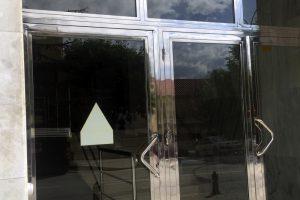Puerta y portal comunitario en acero inoxidable 7